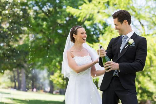 Bisschen Spaß und Lockerheit bei Deiner Hochzeitsrede